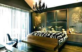 black and white bedroom with brown furniture – roserose.info