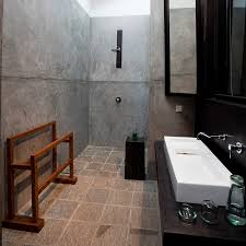 Wet Bathroom Fixtures