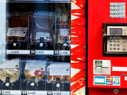 Vending Machine Business Las Vegas Custom Paris Gets Sausages And Steaks 4848 From Vending Machine KTNV