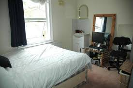 5 Bed Student House To Let Kilburn, London   Ref: 76800; Bedroom 1; Bedroom  2 ...