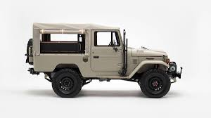 Classic Toyota FJ40 Land Cruiser updated for the modern age debuts ...