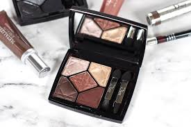 the dior 5 couleurs eyeshadow palette in 677 hypnotize features two shimmery shiny shades in taupe and gold a centre shade of rich copper