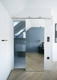 sliding bathroom doors. Mirrored Sliding Door 본채 침실과 별채 에어비앤비에 거울도 하나씩 필요하긴 합니다 Bathroom Doors