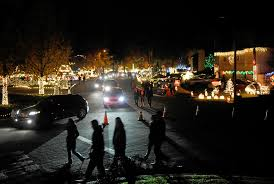 Thoroughbred Christmas Lights What You Need To Know Before Visiting The Thoroughbred