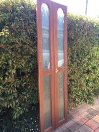 timber bi fold door with 4 x etched glass panels no s or chi