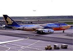 Singapore Airlines Boeing 747400 9VSPK involved in Singapore Airlines  Flight 006