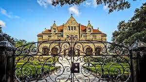 Znalezione obrazy dla zapytania mansion