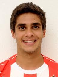 Nome Marcelo Alves da Silva; Posição Volante; Nascimento 17/março/1990; Naturalidade Recife-PE - Brasil; Altura 1,75 m; Peso 68 Kg; Contrato 31/12/2013 ... - 10302_1326814063060