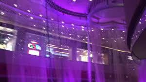 chandelier bar tour inside the cosmopolitan las vegas