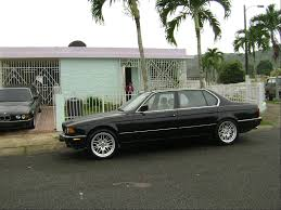 BMW 7 series 735iL 1990 | Auto images and Specification