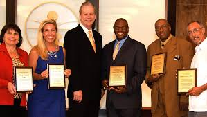Tampa Leaders Honored at Scientology Open House