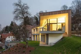 Steep Hillside Home Designs Slope Houses Designs Inspiration Photos Trendir Tearing