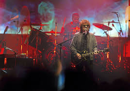 <b>Jeff</b> Lynne's <b>ELO</b> is an ecstatic, hit-filled affair at PPG Paints Arena ...