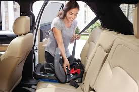 snuglock technology provides a hassle free 3 step installation using the vehicle seat belt or latch