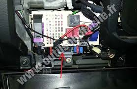 alfa romeo giulietta fuse box diagram alfa image obd2 connector location in alfa romeo gt 2003 2010 outils on alfa romeo giulietta fuse box