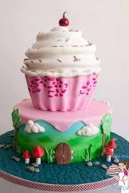 Stenciled Giant Cupcake Cake Video Tutorial Veena Azmanov