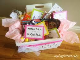 17 wedding gift basket ideas elegant