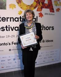 """Simon & Schuster CA on Twitter: """"Congratulations to our esteemed editor, Phyllis  Bruce, who received the Ivy Award for her contributions to Canadian  publishing @ifoa… https://t.co/5Fno84FTAg"""""""