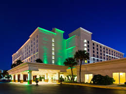 One Bedroom Suites Orlando Holiday Inn Hotel Suites Across From Universal Orlando Hotel By Ihg