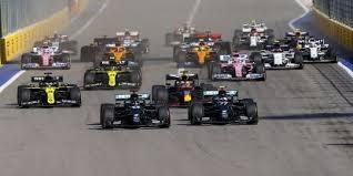Verfolgen sie hier alle trainings, qualifyings und rennen der formelsaison im ticker live mit sa. So Siehst Du Qualifying Und Rennen In Bahrain Live Formel1 De F1 News