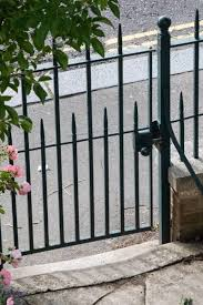 how to choose a garden gate the