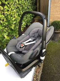maxi cosi pebble plus car seat and 2 way fix base