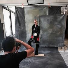 behind the scenes raultovar shooting rachel skyes for jute famousbts famousbtsmag improve photographyphotography lightingphotography