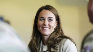 Kate Middleton reappears at military base after 66-day break