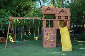 outdoor wooden playsets for toddlers designs
