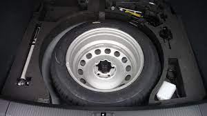 Vehicles With Up To 8 Seats Need Not To Carry Spare Tyre