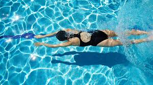 Benefits of Swimming | 8 reasons you should be in the pool