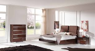 White And Walnut Bedroom Furniture Modern White Bedroom Furniture Bedroom Furniture Modern Bedrooms