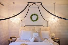 Iron Canopy Bed : Luxurious rustic dark sheets bedroom with sarasota ...