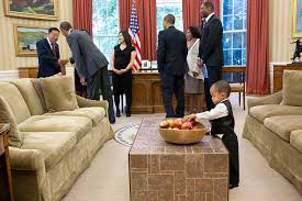 oval office coffee table. and president obama has been known to make a beeline for little ones during stump speeches so itu0027s no surprise that heu0027s drawn them at the white house oval office coffee table