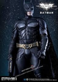 Il cavaliere oscuro Il ritorno - Statua Batman 84cm - La Bottega Del Nerd