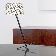 slant table lamp serien lighting