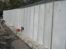 concrete bolt down retaining wall