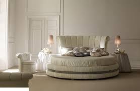 Luxus Rundes Bett In Leder Oder Stoff Bezogen F R Hotelsuiten