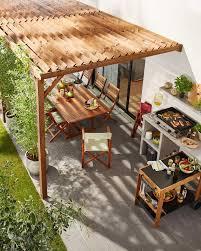 Outdoor Decorative Une Cuisine Extérieure Sous Une Pergola En Bois