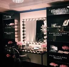 Furniture: Black Glamour Maeup Ideas - Makeup Rooms