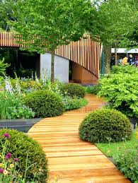 wooden garden path wood edging simple affordable inspirations