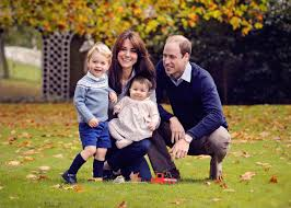Family Christmas Photos See The Royal Family Christmas Card Featuring William Kate