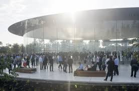 apple head office london. Employees On Apple\u0027s New Campus Keep Crashing Into The Glass Walls | Fortune Apple Head Office London