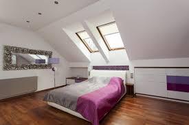 Schlafzimmer Tapezieren Mit Dachschräge Ankleidezimmer Dachschräge