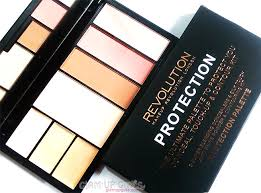 makeup revolution protection palette in light um review and swatches