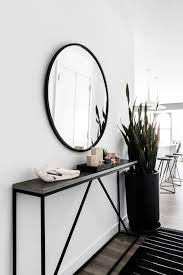 Bachelor Style, in Bold Black and White | Home Decor | Pinterest ...