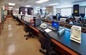 lab oblique to windows no people cc