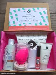 i m so excited that this month each canadian birchbox has a beauty blender in it the theme for the march box is creativity birchbox es with a