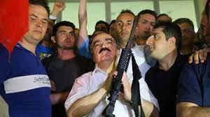 Eski Sakarya Valisi Hüseyin Avni Coş, Hayatını Kaybetti - onedio.com