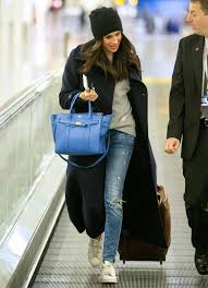 Cute winter women airport outfits ideas Airplane Meghan Markle Instyle Celebrityinspired Outfits To Wear On Plane Instylecom